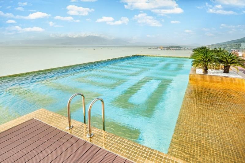 Bể bơi ở Đà Nẵng Golden