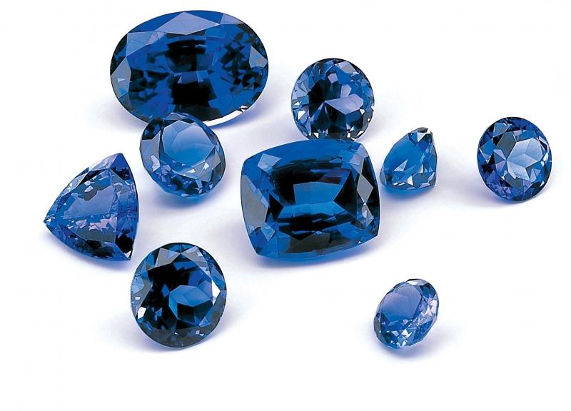 đá sapphire màu xanh dương
