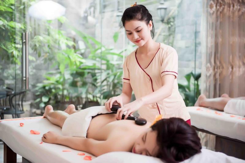 Massage body tại Dạ Yến Thảo Spa
