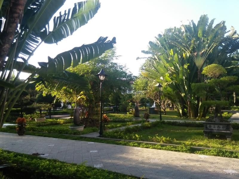 Nó có làm bạn thoáng nhớ về khu vườn xanh lá ở quê nhà?