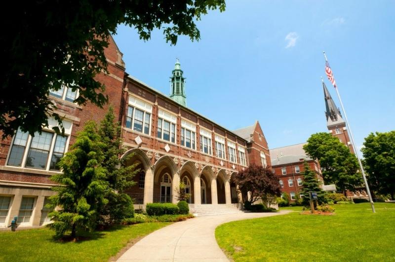Đại học Boston - một trong những trường đại học danh giá nhất của Mỹ