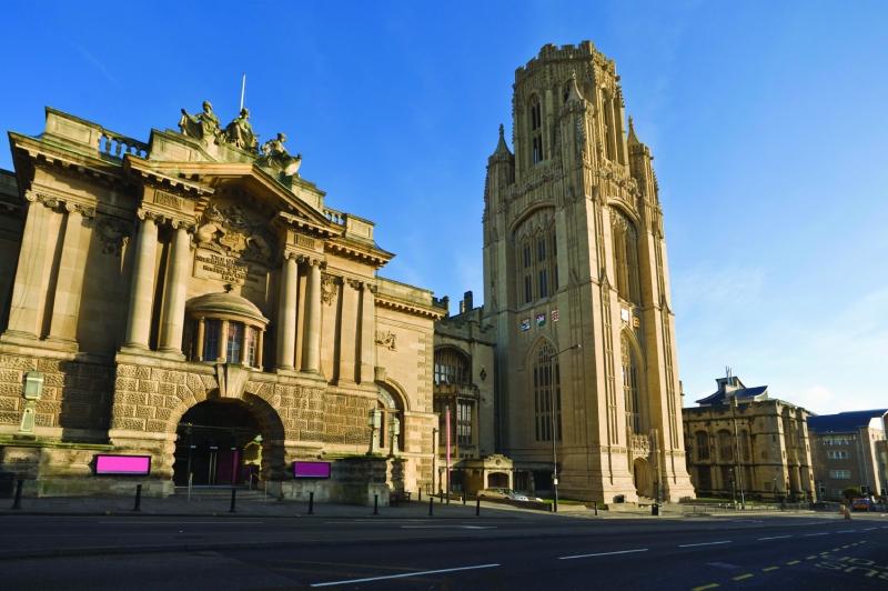 Trường Đại học Bristol Anh quốc