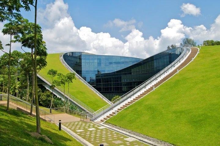 Đại học Công nghệ Nanyang (NTU) là một trong những trường đại học danh tiếng thế giới ở khu vực Đông Nam Á