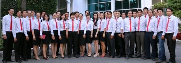 Đội ngũ cán bộ công nhân viên chức của trường