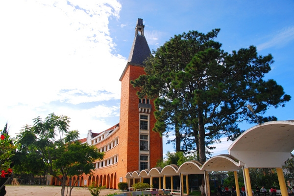Đại học Đà Lạt