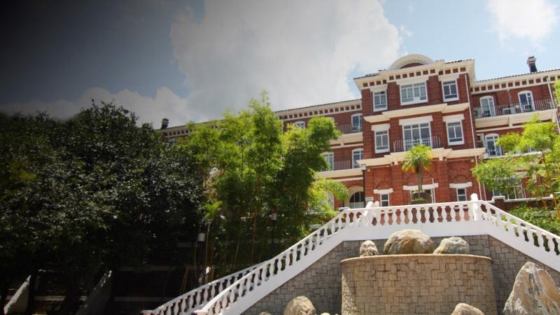 Đại học Hồng Kông (HKU) là trường đại học giảng dạy các môn học bằng tiếng Anh tốt nhất châu Á