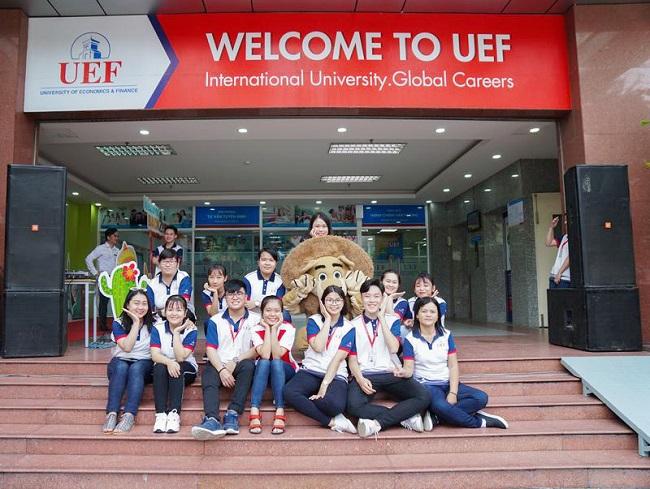 Trường đại học dân lập Kinh Tế Tài Chính thành phố Hồ Chí Minh