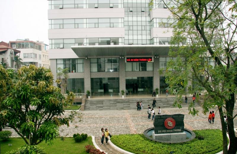 Đại học Ngoại Thương - Internet