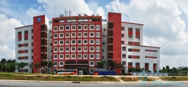 """ĐH Quốc tế được mệnh danh là """"Hồng Lâu Mộng"""" của Làng Đại học, TP.HCM"""
