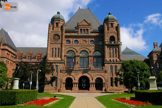 Đại học Toronto.