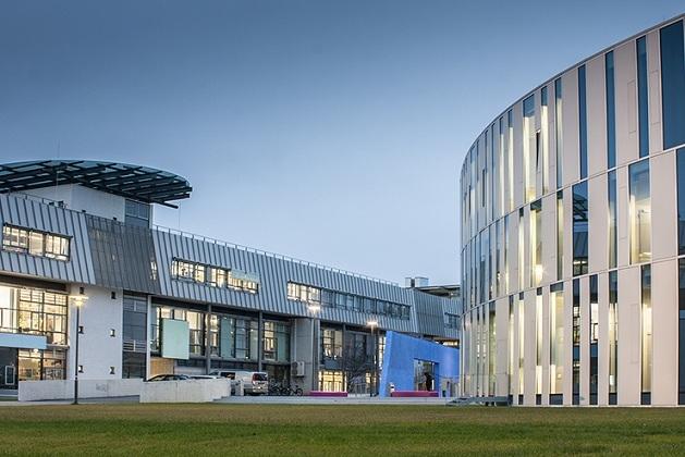 Đại học truyền thông Stuttgart