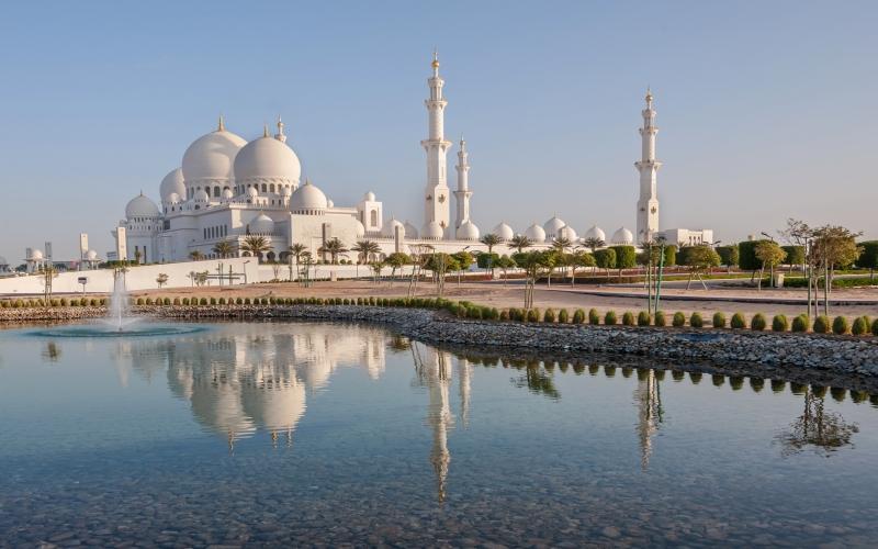 Thánh đường lớn nhất thế giới Seikh Zayed