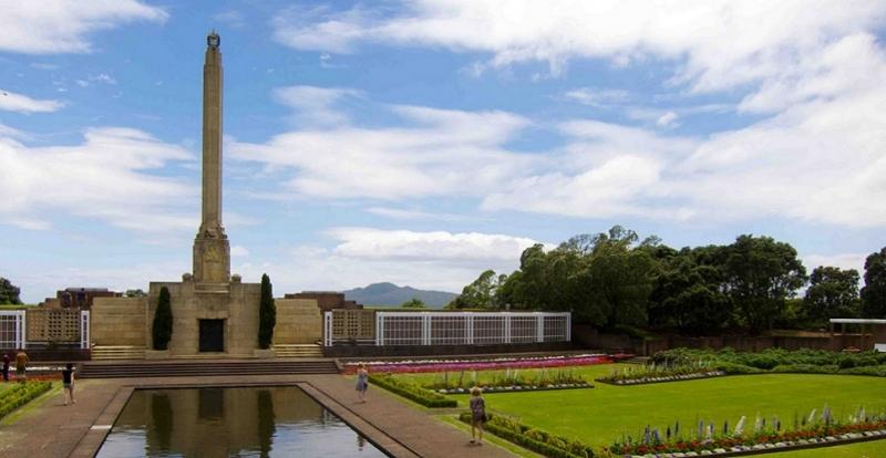 Đài tưởng niệm Michael Joseph Savage