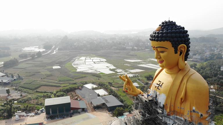 Đại tượng phật vì hòa bình thế giới - Hà Nội - Việt Nam