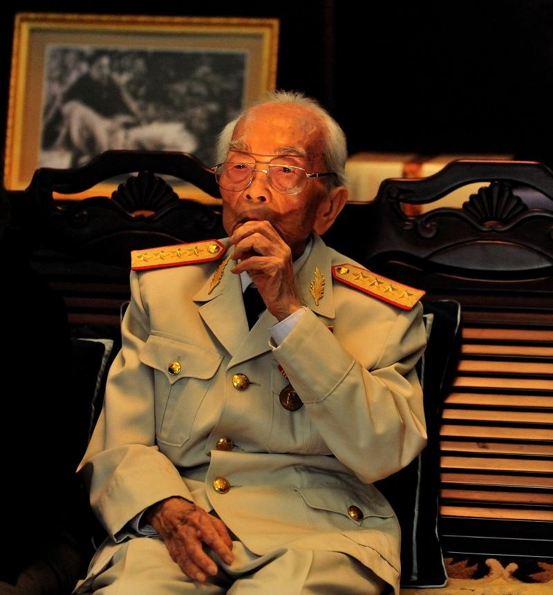 Đại tướng Võ Nguyên Giáp ( 1911 -2013) - người thầy dạy sử đã viết nên lịch sử hào hùng cho dân tộc (ảnh: sưu tầm)
