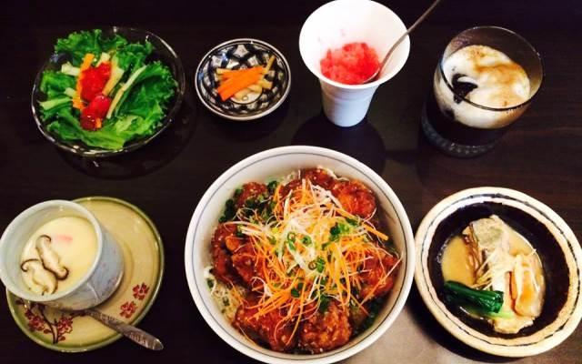 Ẩm thực nhà hàng DaiGo
