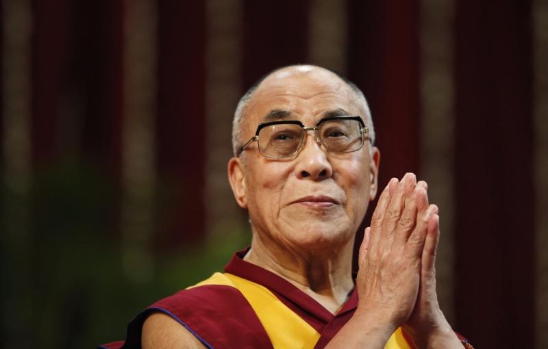 Tenzin Gyatso là vị Đạt Lai Lạt Ma thứ 14 của Phật Giáo
