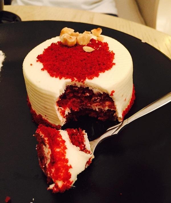 Red Velvet - một trong những món bánh được mọi người yêu thích tại D'Alice