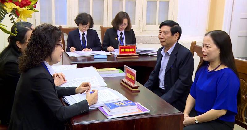 Cần thay đổi chất lượng chuyên môn luật sư