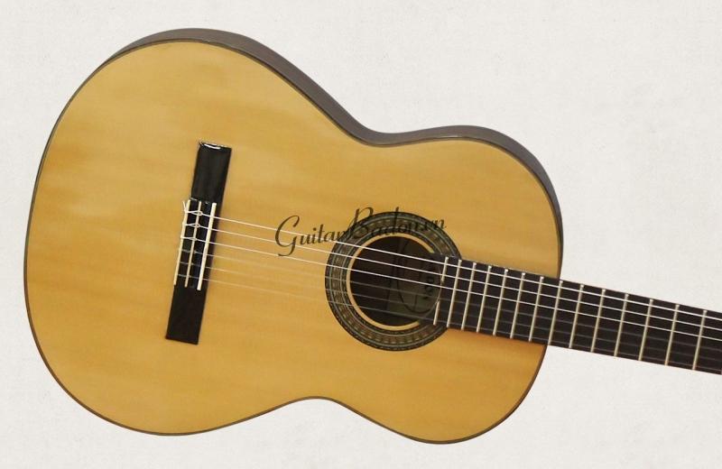 Đàn Guitar Classic C-550-C Còng - 5,500,000đ