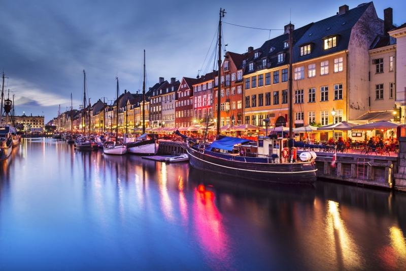 Nhờ tỉ lệ tội phạm thấp, thủ đô Copenhagen của Đan Mạch trở thành thủ đô hạnh phúc nhất thế giới.