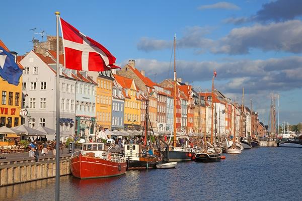 Đan Mạch - 49.589 USD/năm