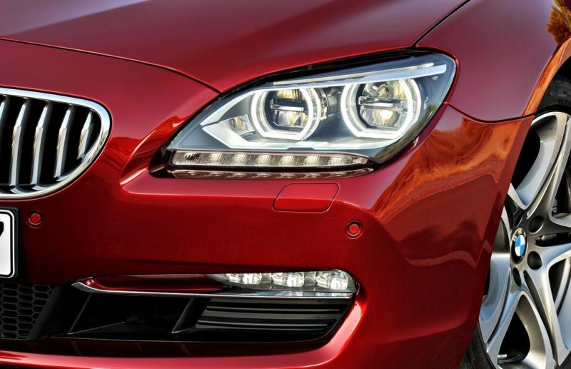 Đan Mạch - Lái xe luôn phải bật đèn xe