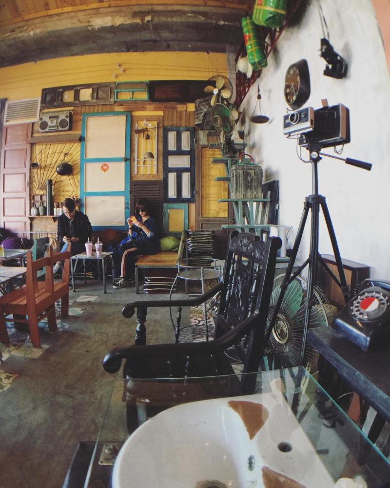 Danang 1975 Cafe - Cà phê đồ cổ