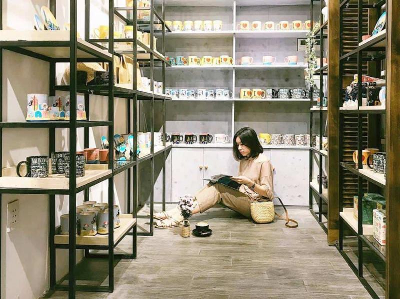 Danang Souvenirs - Cà phê đồ lưu niệm