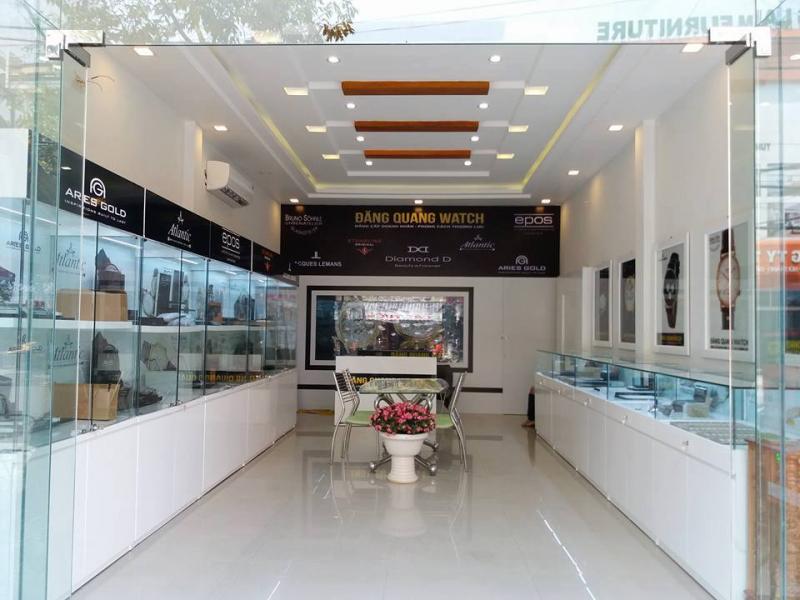 Đăng QuangWatch đang phân phối các thương hiệu đồng hồ danh tiếng trên thế giới như: Tourbillon Memorigin, Stuhrling Original, Diamond D, Bruno Sohnle Glashutte, Atlantic Swiss, Aries Gold, Epos Swiss...