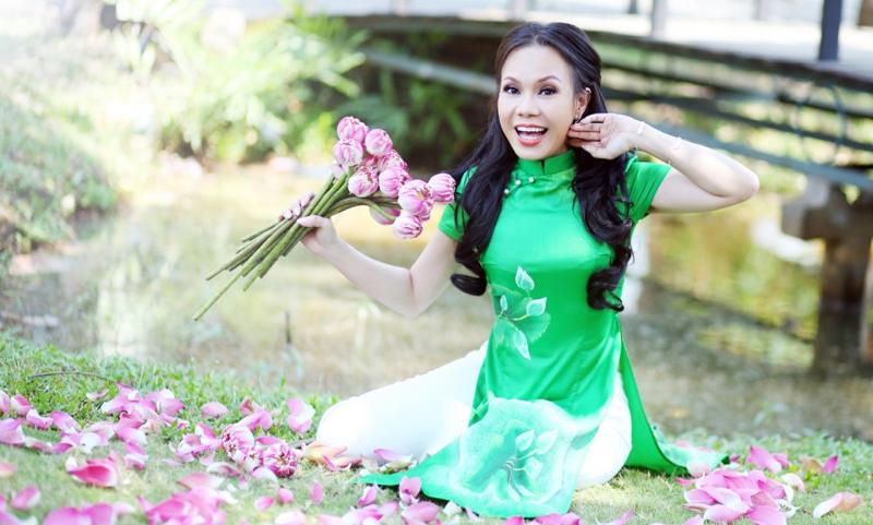 Danh hài Việt Hương