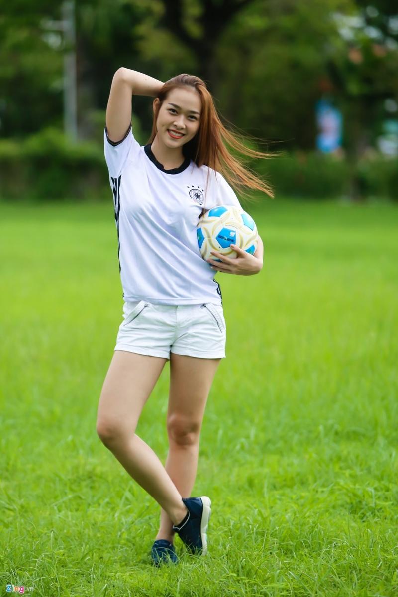 Tập chơi bóng mỗi ngày