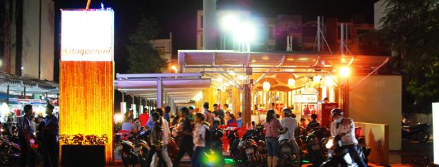 Dạo chợ đêm