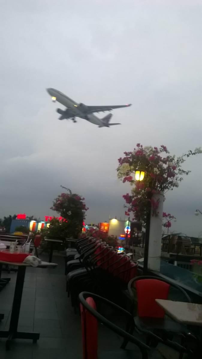Đào Nguyên - Cafe sân thượng