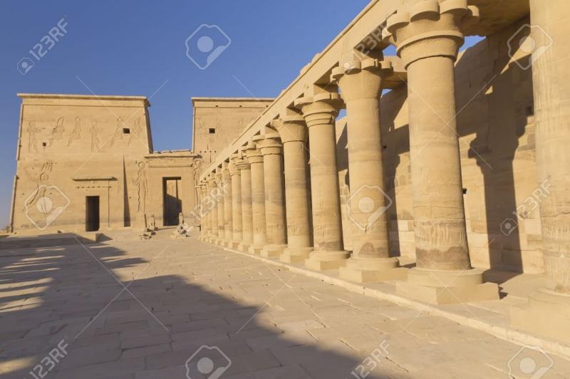 Ngôi đền Isis linh thiêng trước khi chìm dưới hồ Nasser.