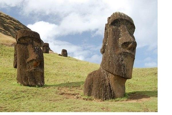 Đảo Phục Sinh tọa lạc ở vùng Đông Nam Thái Bình Dương thuộc Chile