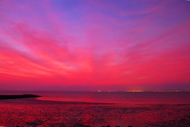 Cảnh bình minh trên đảo Thanh An