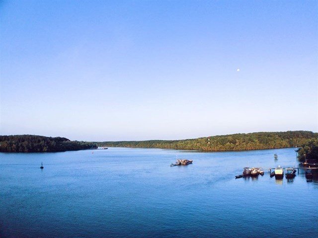 Thieng Lieng Island with its magnificent wild beauty