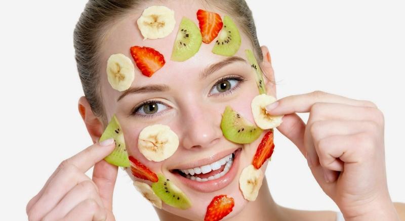 Đắp mặt nạ giúp da hấp thu dưỡng chất