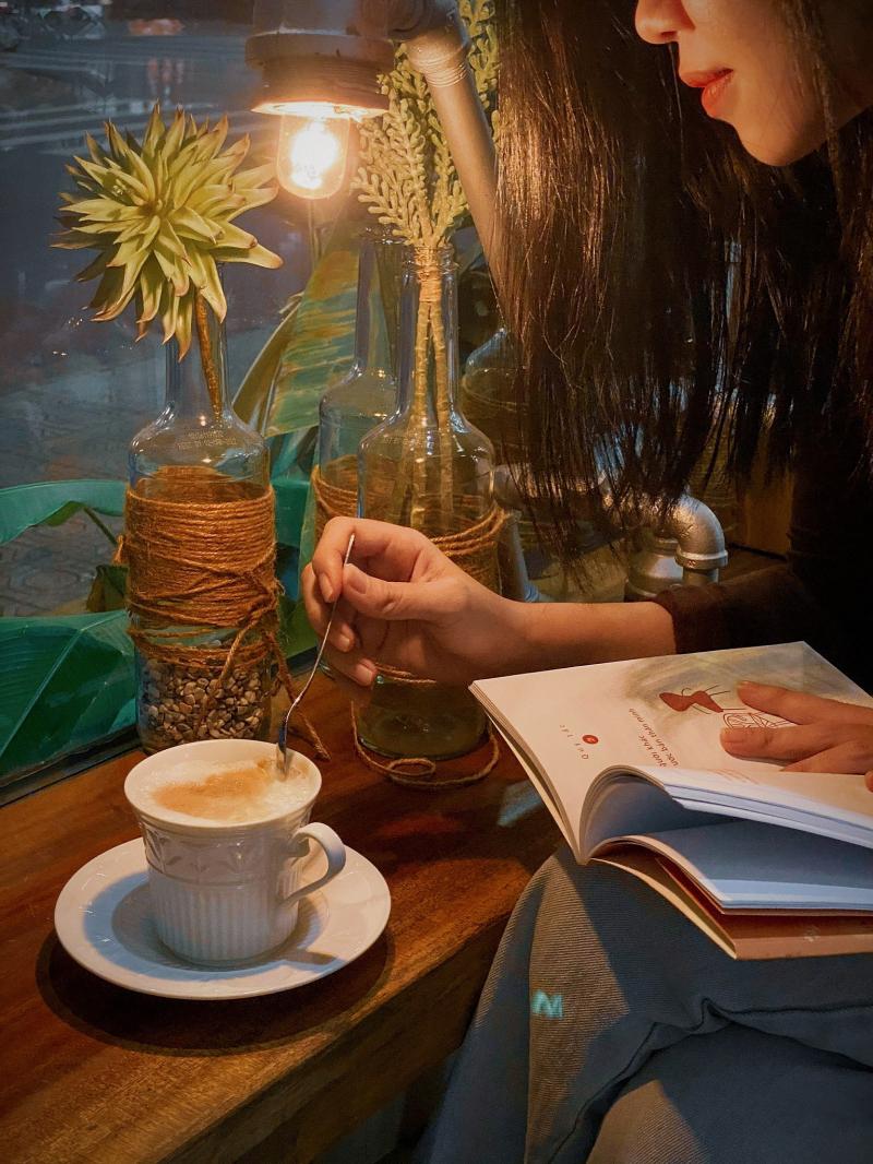 Đất Coffee & Tea