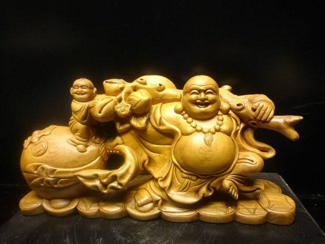 Tượng Phật Di Lặc thường được đặt ở phòng khách
