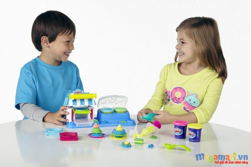 Đất nặn là đồ chơi an toàn được nhiều bố mẹ lựa chọn
