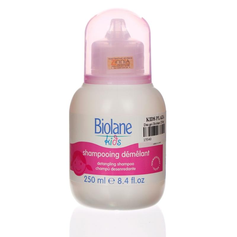 Với công thức có chứa mật ong giúp tóc khỏe và làm cho mái tóc mềm mại và sáng bóng