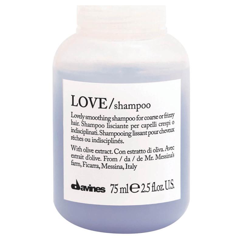 Davines Love Smoothing Shampoo với hương chanh thơm mát