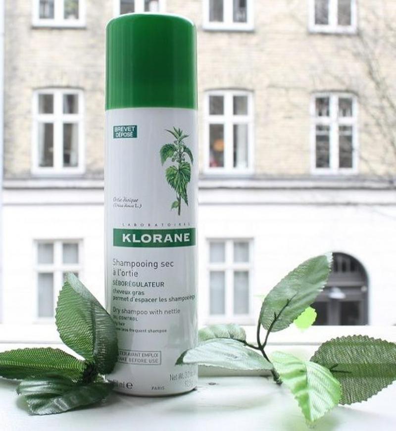 Dầu gội khô Klorane dành cho tóc dầu (nắp xanh)