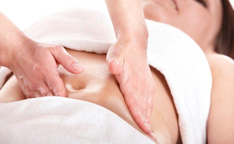 Dầu Massage hỗn hợp gừng Tanamera giúp cơ thể được thư giãn và giúp làm giảm mệt mỏi hiệu quả