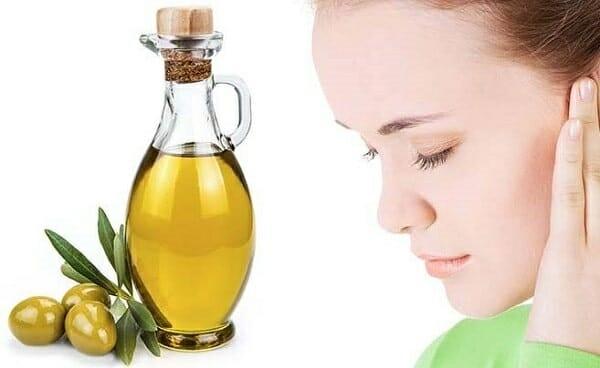 Dầu ô liu có khả năng sữa chữa các tế bào da hư hại và ngăn ngừa ung thư da khi bị cháy nắng