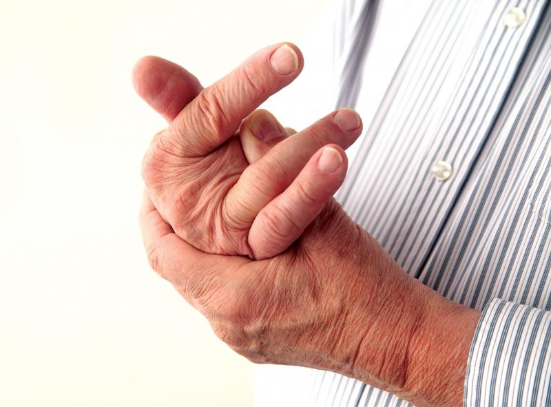 Đau tay, ngón tay và vai