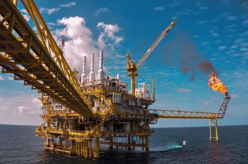 Dàn khoan khai thác dầu