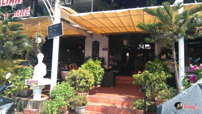 khung cảnh bên trong nhà hàng David Pizzeria